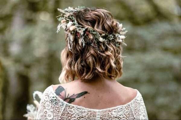 corte de pelo de longitud media y textura ondulada