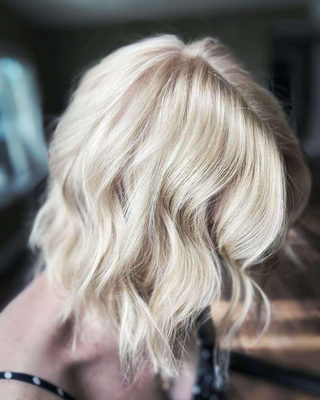 fryzura dla włosów cienkich i puszących się