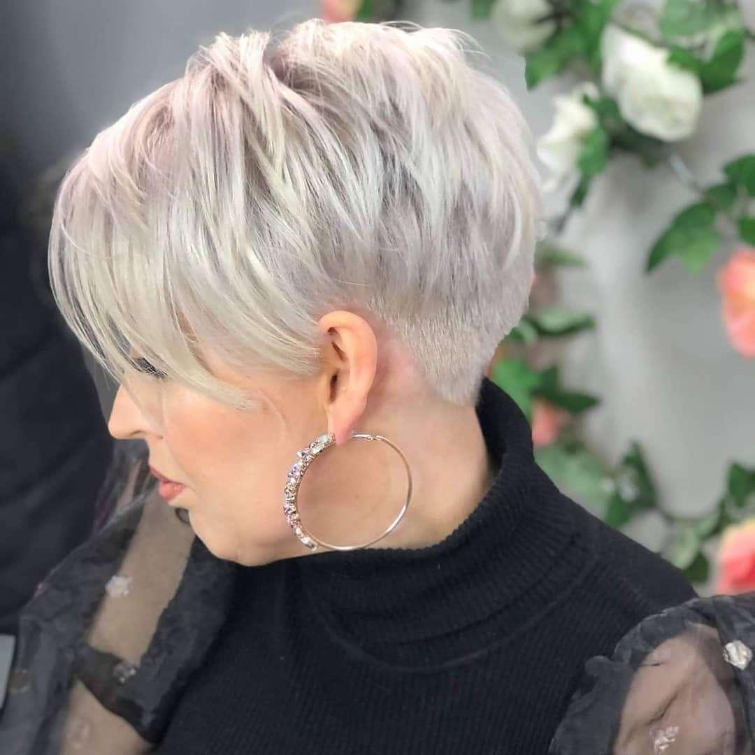 modne fryzury dla cienkich włosów