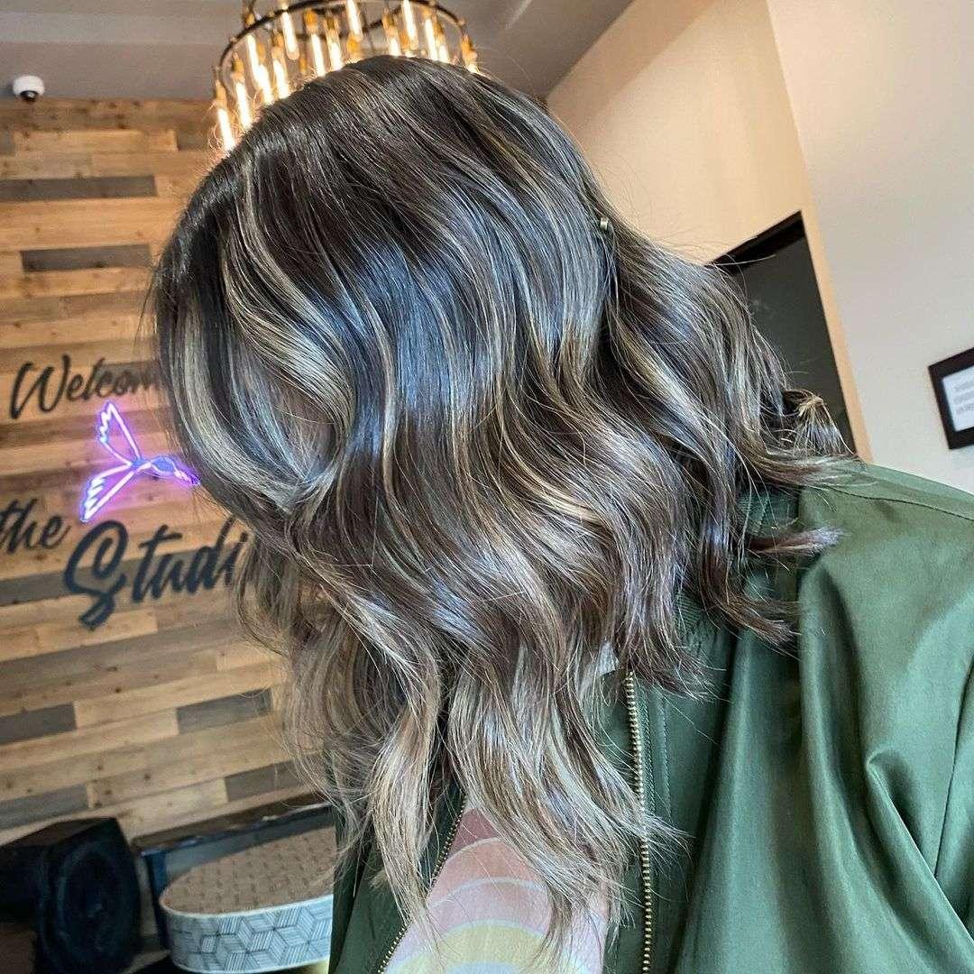 fryzury dla cienkich i rzadkich włosów na wesele