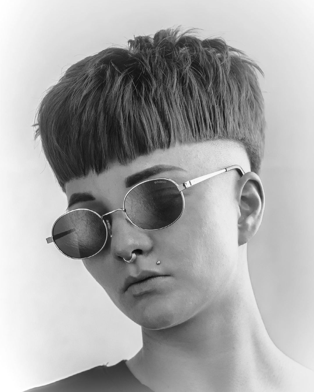 fryzura na pieczarkę męska