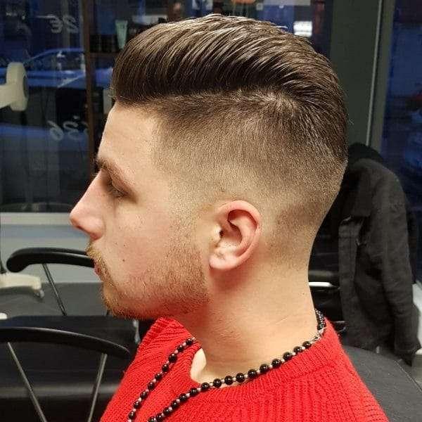 młodzieżowe fryzury męskie