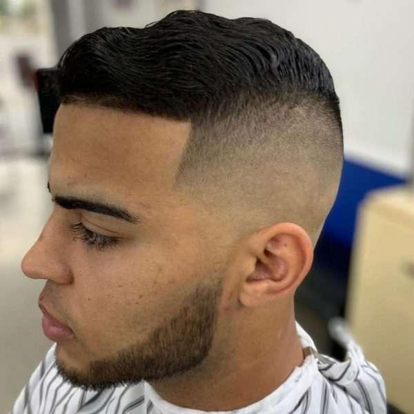 fryzury męskie średnie włosy