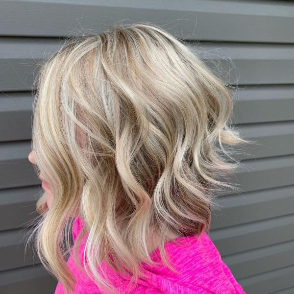 moderno cortes de pelo corto mujer