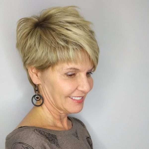 cortes de pelo pixie mujer de 50 años